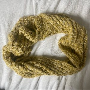 American Eagle Outfitters Loop Scarf